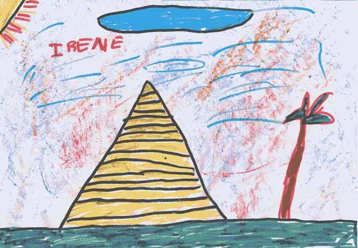 Ha dibujado una pirámide donde le gustaría vivir. No entiende por qué los faraones no vivían en las pirámides cuando eran tan grandes y bonitas. Ni por qué sólo entraban allí cuando se morían; le parece muy tonto. El cielo está rojo por el calor